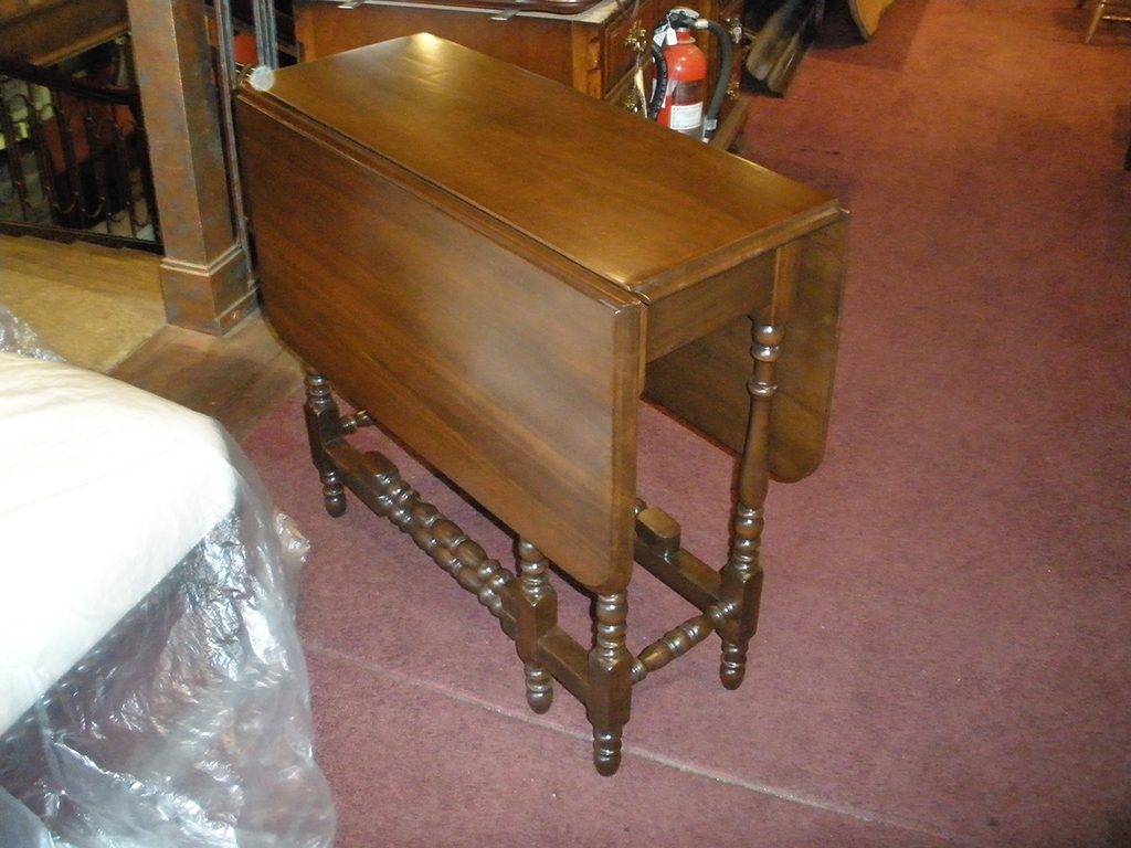 Before & After: Drop Leaf Repair and Restoration